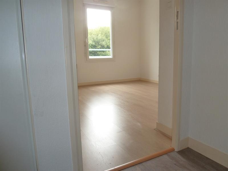 Sale apartment Quimper 84500€ - Picture 2