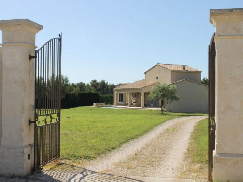 Vente de prestige maison / villa Boulbon 795000€ - Photo 1