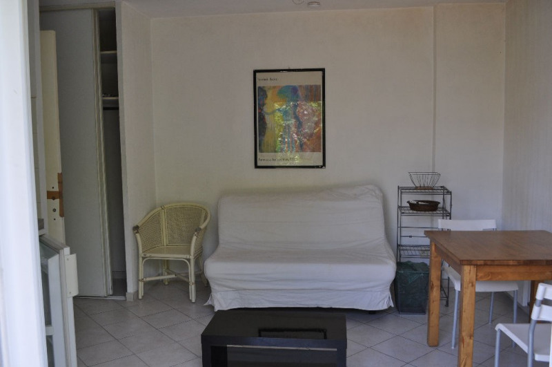 Location appartement Nice 466€ CC - Photo 3