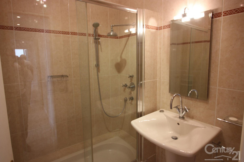 Revenda residencial de prestígio apartamento Deauville 966000€ - Fotografia 11