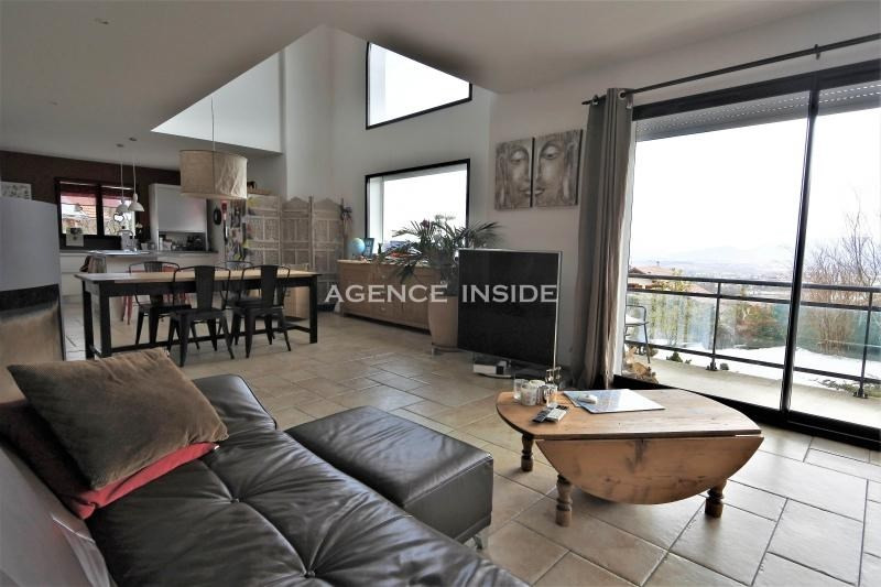 Deluxe sale house / villa Crozet 810 000€ - Picture 1