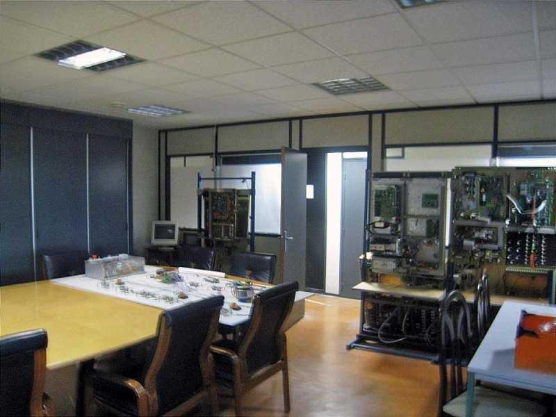 Location Bureau Avelin 0