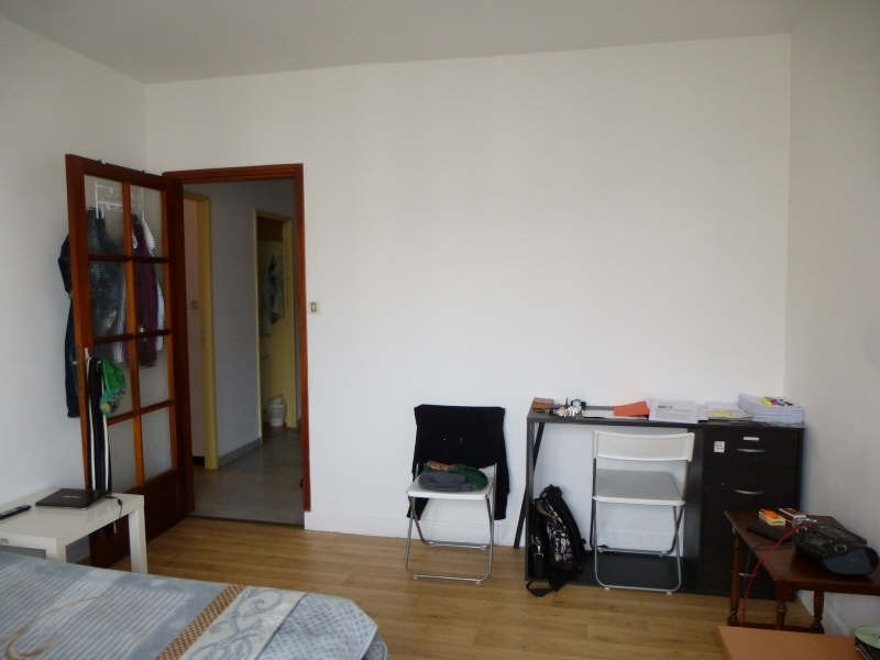 Location appartement Nimes 369€ CC - Photo 2