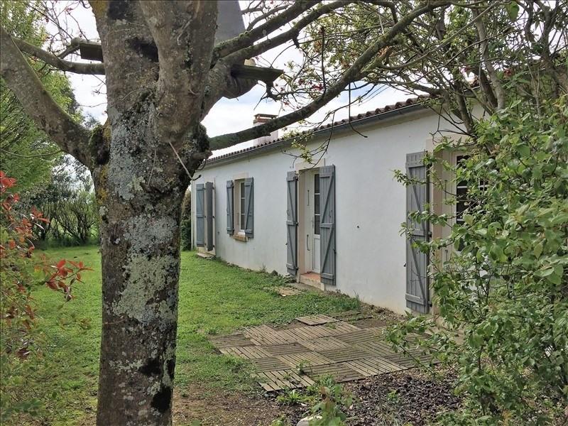 Sale house / villa Le bernard 275600€ - Picture 1