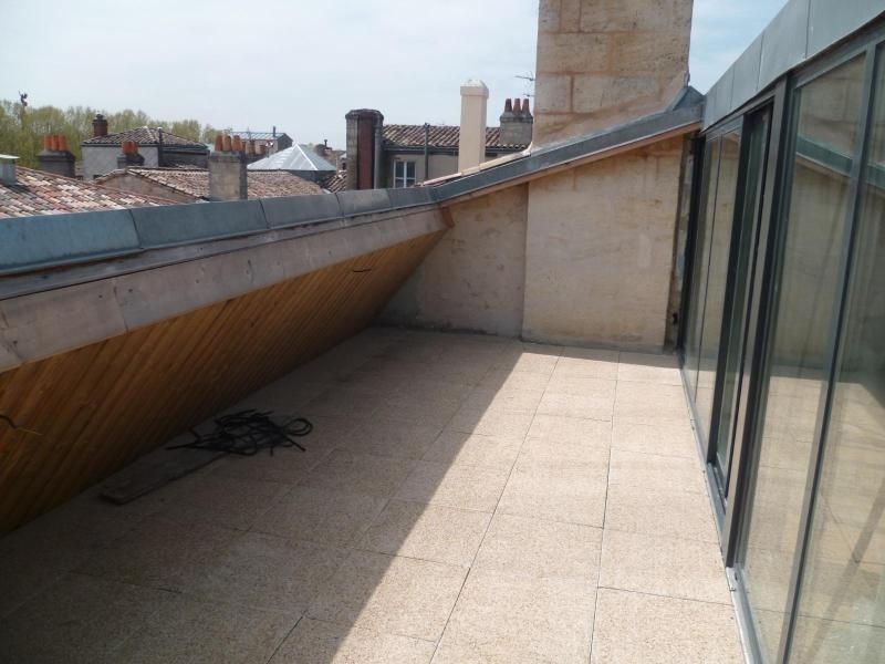 Location appartement Bordeaux 1570€cc - Photo 2