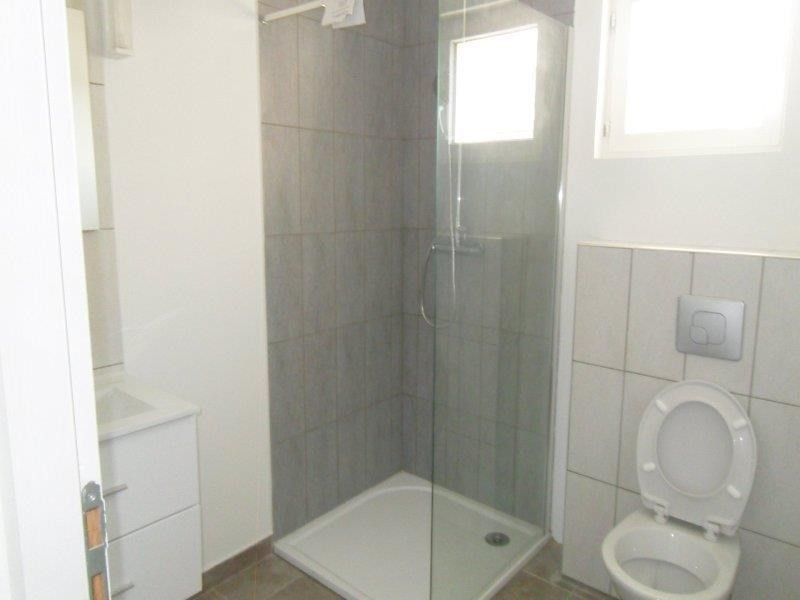 Rental apartment Saint andre les vergers 450€ CC - Picture 5
