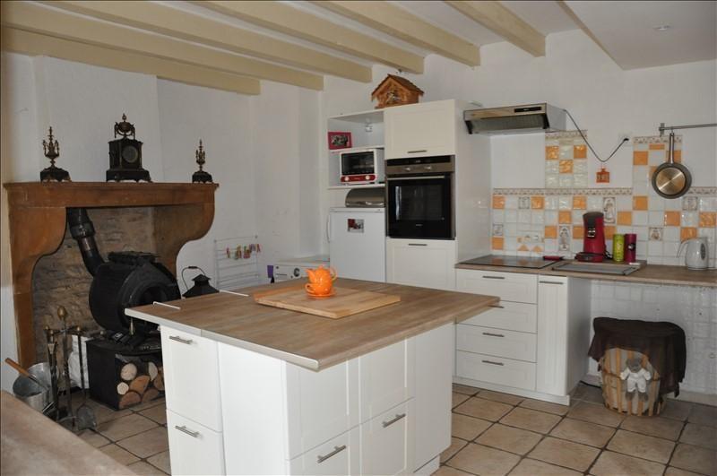 Sale house / villa Liergues 295000€ - Picture 3