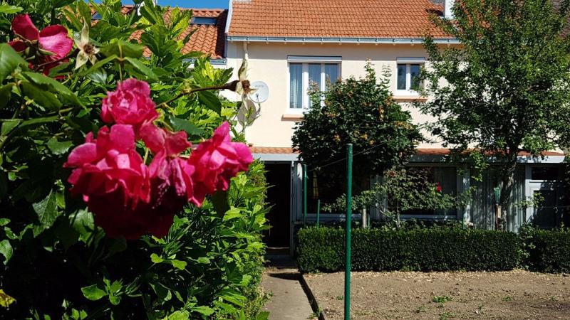 Sale house / villa Cholet 134900€ - Picture 1