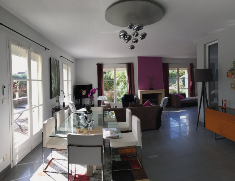 Vente maison / villa Senlis 899 000€ - Photo 2
