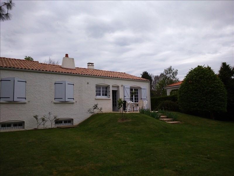 Rental house / villa Le poire sur vie 730€ CC - Picture 2