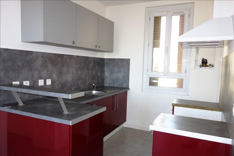 Rental apartment Toulon 750€ CC - Picture 2