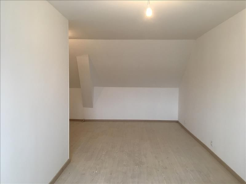Rental apartment Villeneuve l archeveque 500€ CC - Picture 2