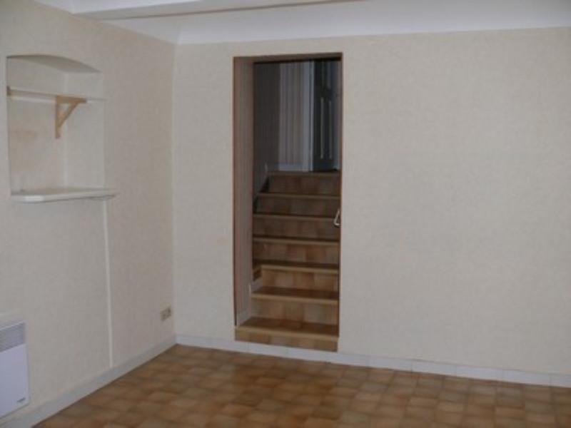 Location appartement Villeneuve-de-berg 420€ CC - Photo 3