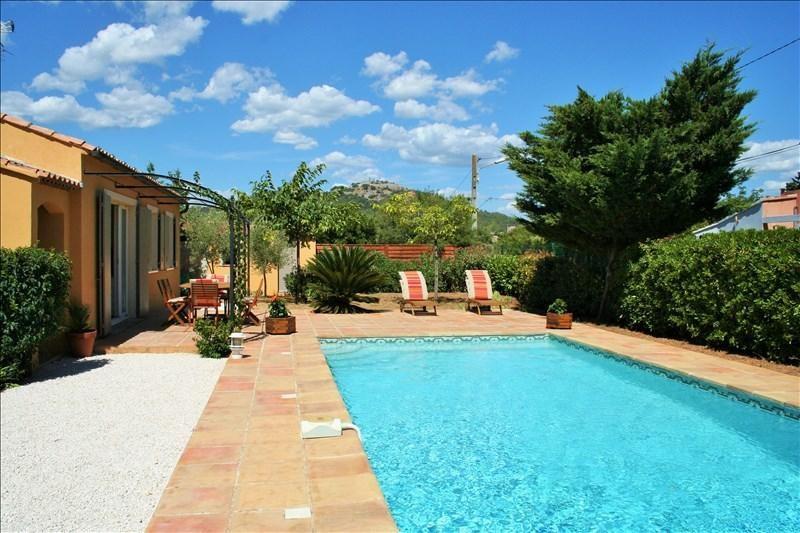 Deluxe sale house / villa Six fours les plages 574000€ - Picture 1
