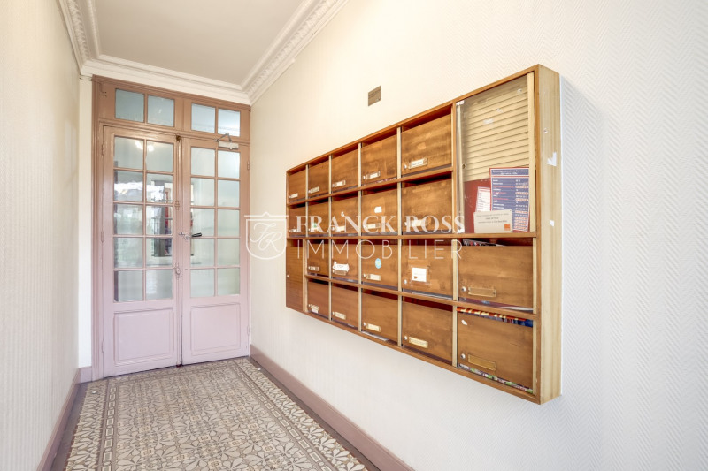 Sale apartment Puteaux 260000€ - Picture 10
