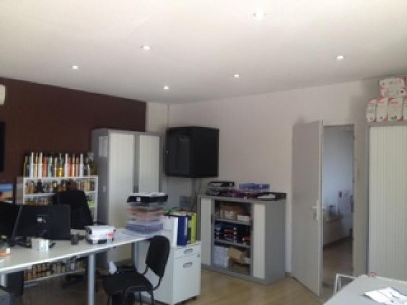Rental empty room/storage Six fours les plages 11 000€ HT/HC - Picture 3