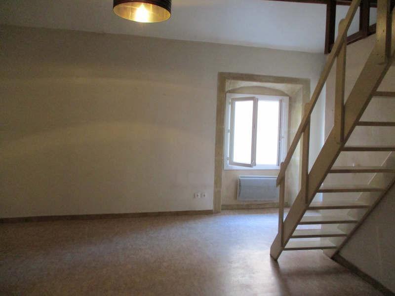 Rental apartment Salon de provence 496€ CC - Picture 2