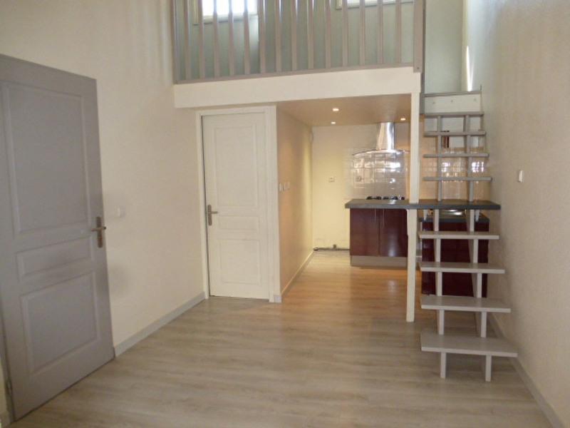 Alquiler  apartamento Vidauban 490€ CC - Fotografía 3