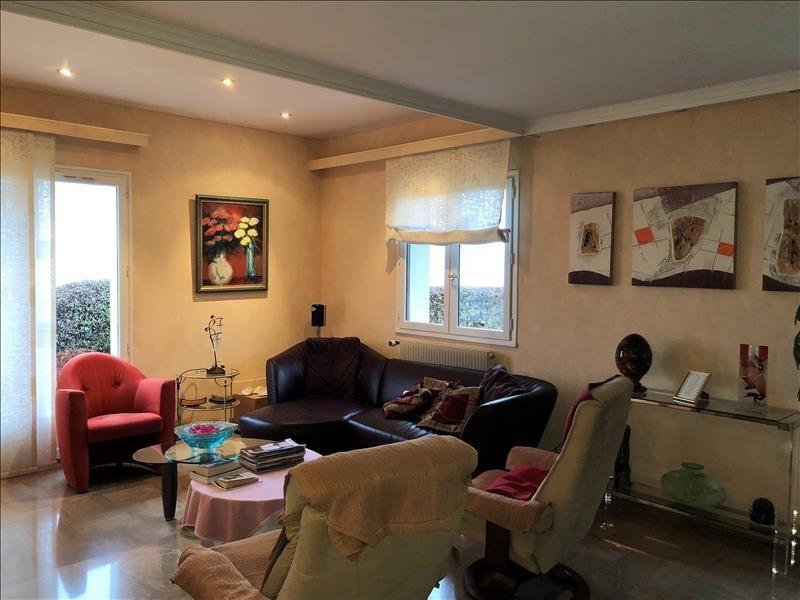 Deluxe sale house / villa Cranves sales 619000€ - Picture 5
