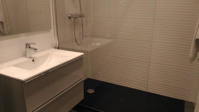 Location appartement Saint laurent du var 690€ CC - Photo 4