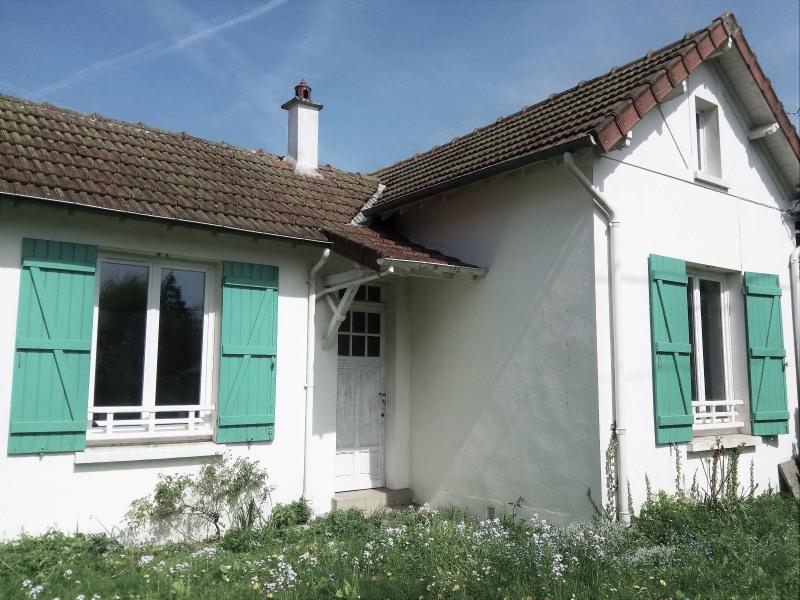 Sale house / villa Les essarts le roi 252000€ - Picture 1