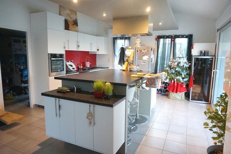 Vente maison / villa Les milles 290000€ - Photo 5