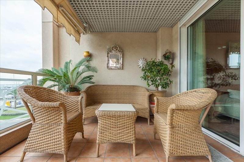 Deluxe sale apartment Le golfe juan 550000€ - Picture 8