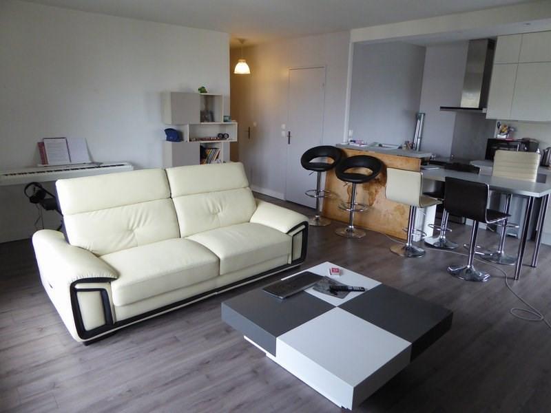 Rental apartment Maurepas 809€ CC - Picture 3
