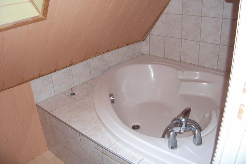 Sale house / villa Pont croix 125520€ - Picture 10