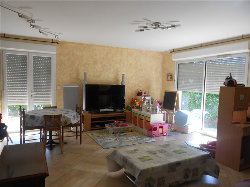 Sale house / villa St lys 231088€ - Picture 3