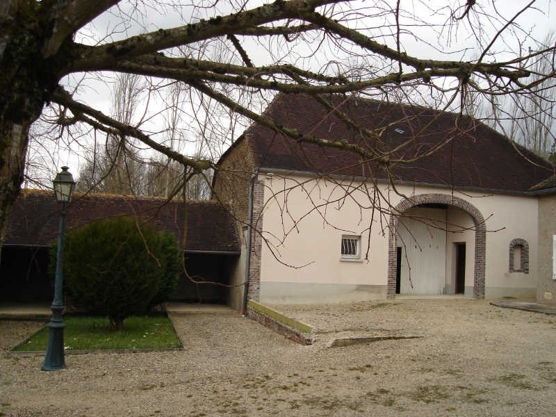 Sale house / villa Neuvy-sautour 167000€ - Picture 2