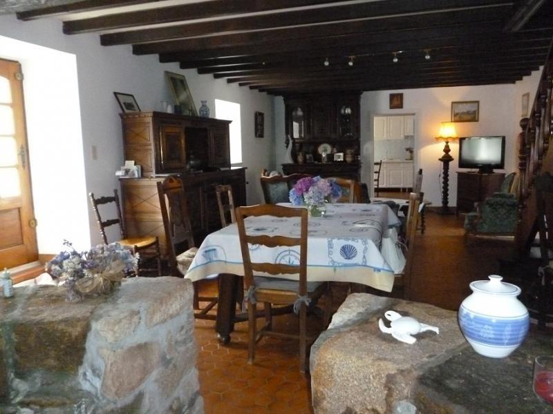 Sale house / villa Douarnenez 152250€ - Picture 2