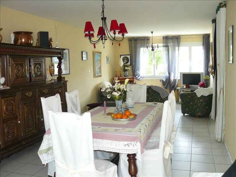 Sale house / villa Josselin 137 800€ - Picture 3