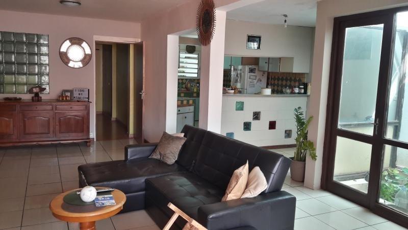 Sale house / villa Le port 185000€ - Picture 1
