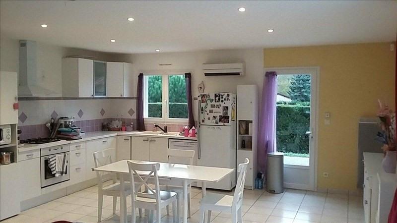 Sale house / villa Monsteroux milieu 256000€ - Picture 6