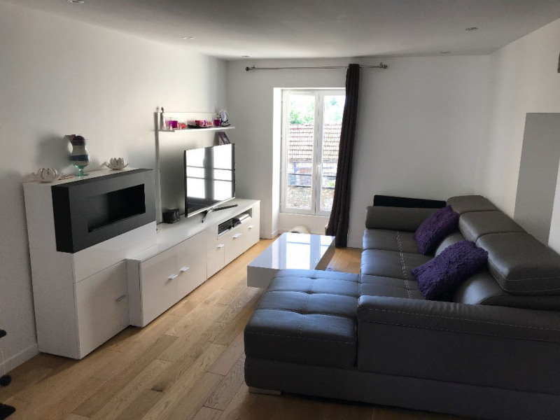 Sale apartment Touquin 188 000€ - Picture 1