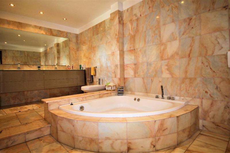 Deluxe sale house / villa Villeneuve loubet 1890000€ - Picture 9