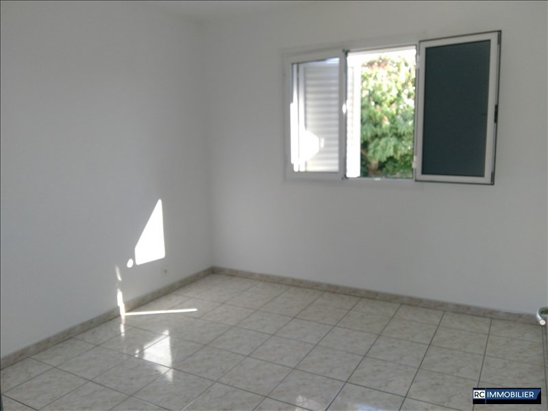 Location appartement Ste marie 850€ CC - Photo 1