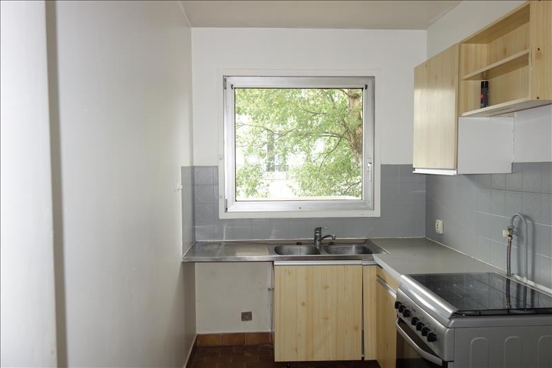 Sale apartment Versailles 309750€ - Picture 3