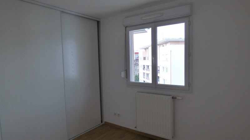 Rental apartment Annemasse 949€ CC - Picture 3