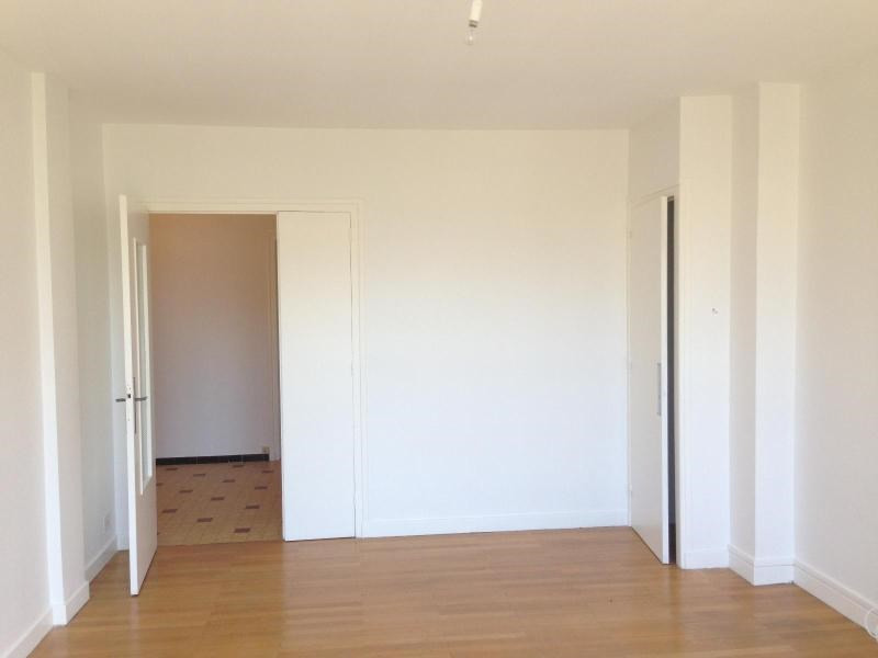 Location appartement Grenoble 629€ CC - Photo 3