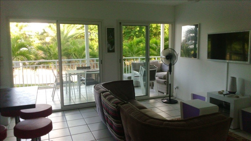 Deluxe sale apartment St francois 295 000€ - Picture 2