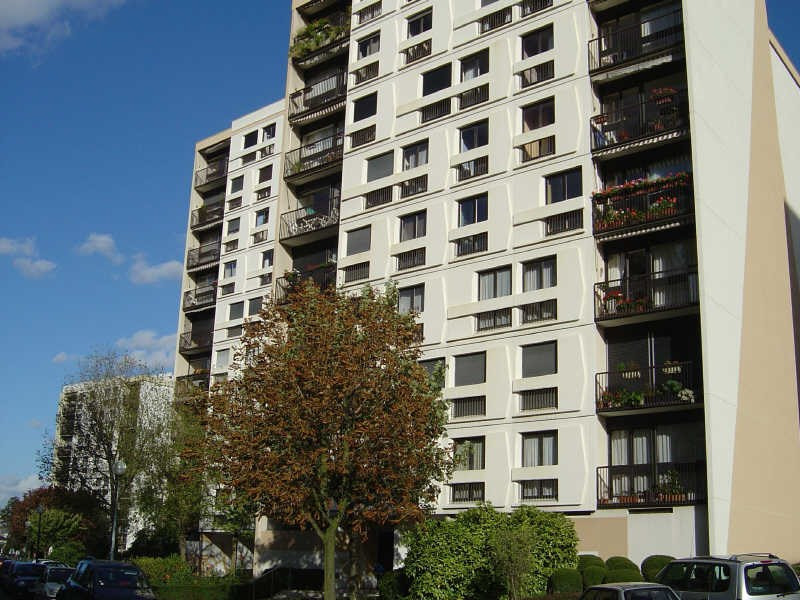Location appartement L hay les roses 900€ CC - Photo 1