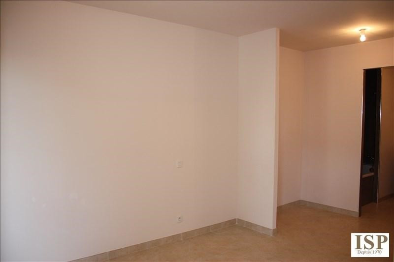 Location appartement Luynes 841€ CC - Photo 8