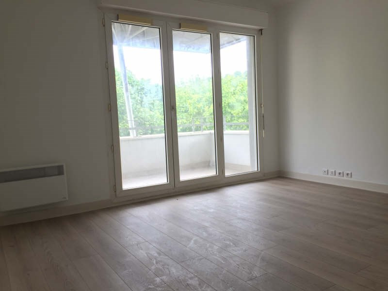 Sale apartment Nanterre 195 000€ - Picture 2