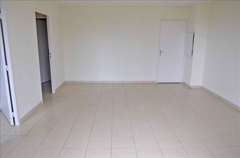 Rental apartment Arbent 590€ CC - Picture 3