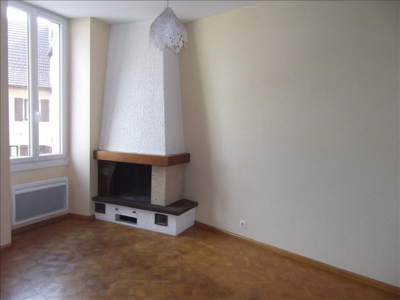 Location appartement Yenne 600€ CC - Photo 2