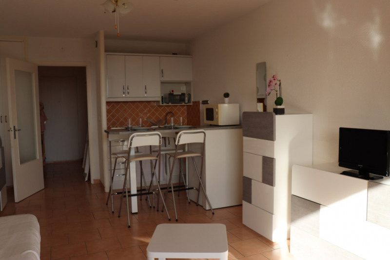 Vacation rental apartment Cavalaire 350€ - Picture 5