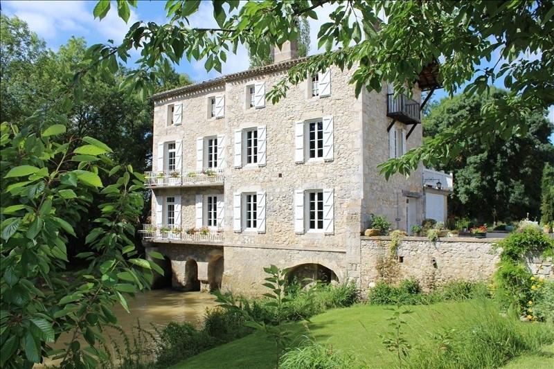 Deluxe sale house / villa Astaffort 798000€ - Picture 1