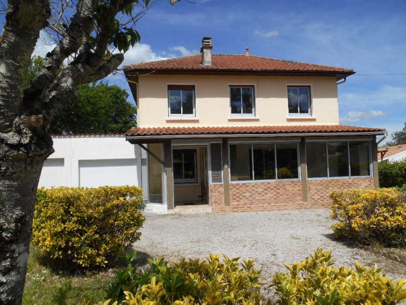 Sale house / villa Leognan 349 500€ - Picture 1